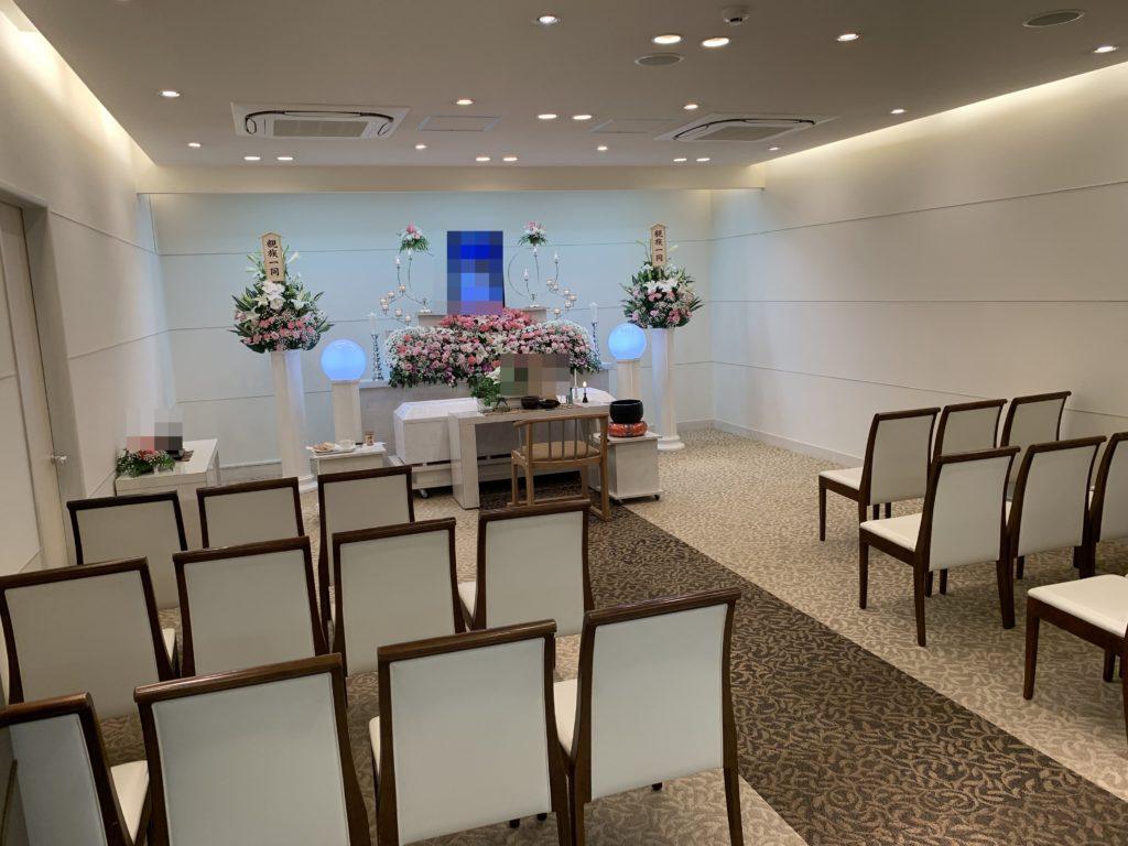 家族葬専用ホールメモリアル堺 2F式場